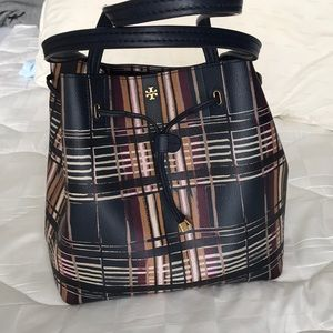 Drawstring plaid bag